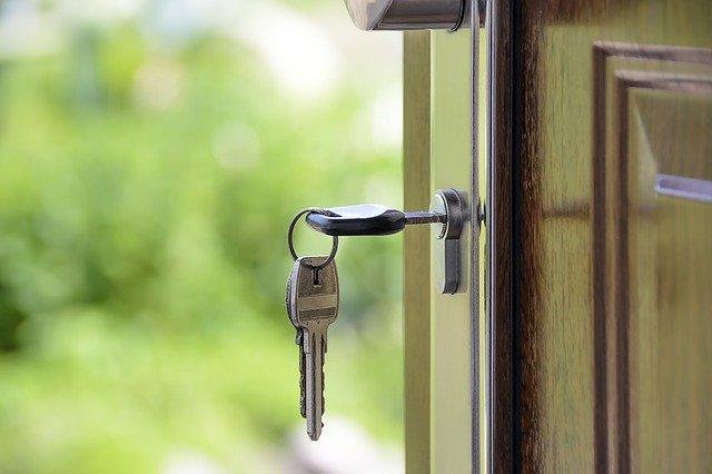 Vender o alquilar mi piso: ¿cuál es la mejor opción?